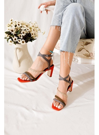 Limoya Sandalet Füme